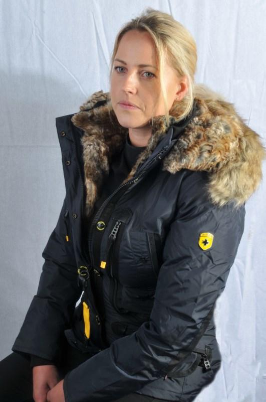 Image of   High-class dun jakke med stor pels krave - Brasilera fra Wellensteyn